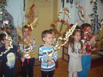 ПГ-5-б-Изработване на сурвачки с родителите - ДГ Каменица - Пловдив